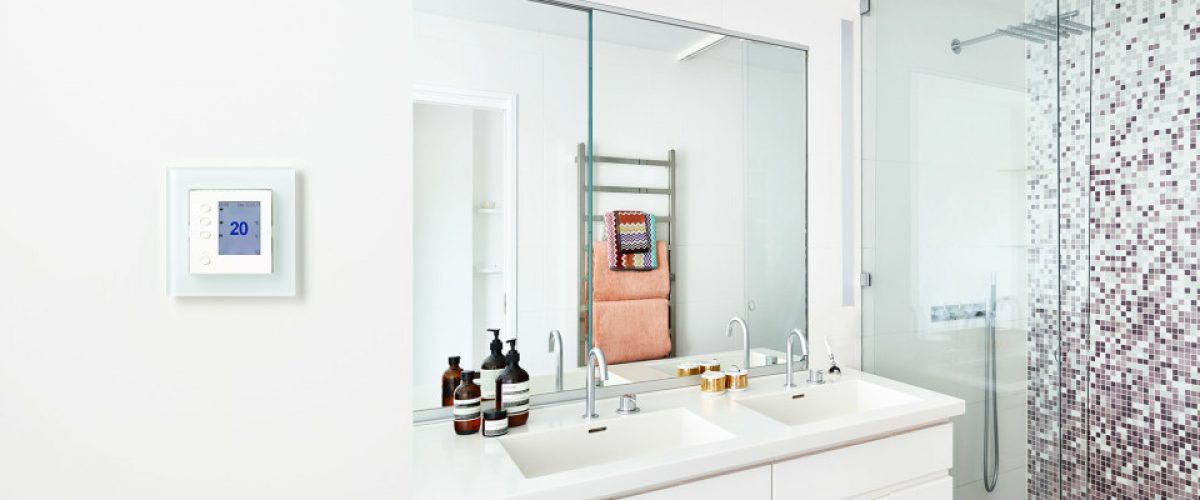 Bilde av bad og termostat